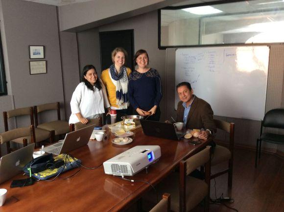 Jag och kommunikationsgänget. Andrea, Naomi, Pablo och Petter som tog bilden.